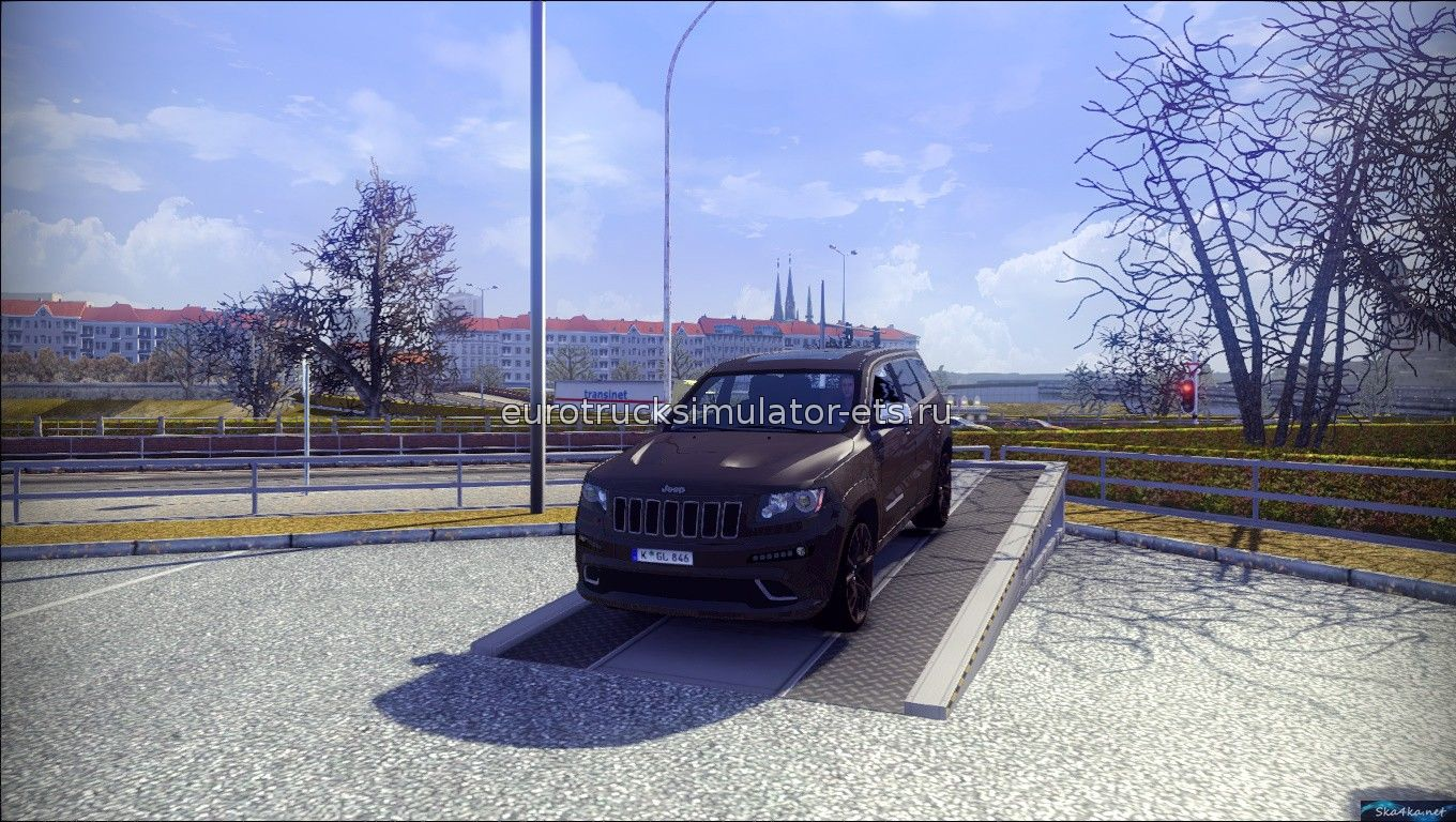 Скачать Jeep Grand Cherokee srt8 бесплатно